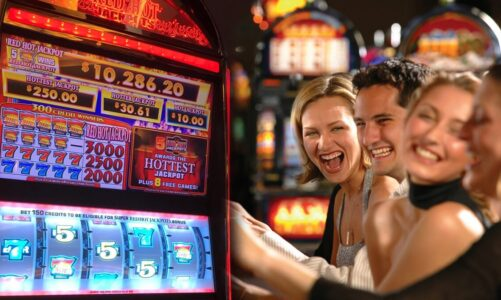 What is betting balance management in online slot casino?